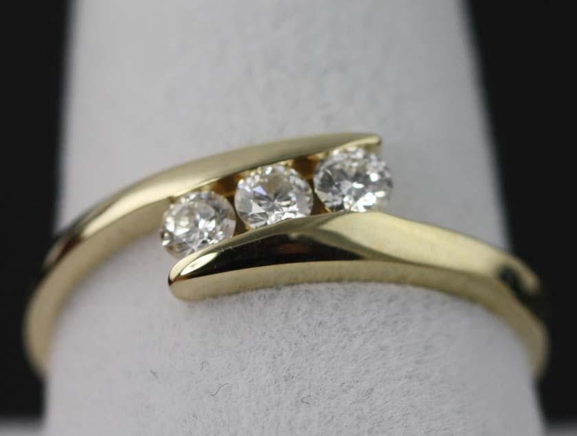 Ladies Trio Diamond Ring